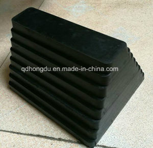 Factory Hot Sale Black Rubber Wheel Chock pictures & photos