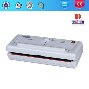 2015 External Vacuum Packager & Home-Hold Vacuum Sealer pictures & photos