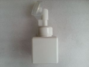 White Square PETG Bottle with Cleanser Pump Jj-024
