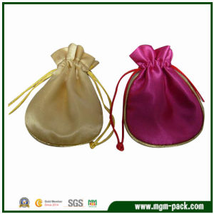 Gift Velvet Pouch/Fashion Bags/Gift Bag pictures & photos