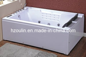 White Acrylic Sanitary Whirlpool Massage Bathtub (OL-672) pictures & photos