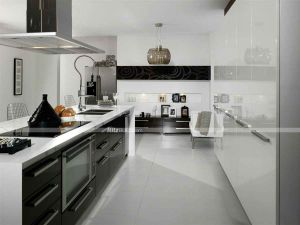 Home Furniture Popular White Modern High Gloss Kitchen Cabinets pictures & photos