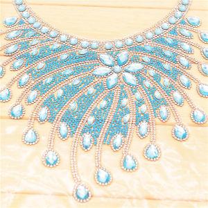 Hot Fix Applique Motif Rhinestones Neckline Collar pictures & photos