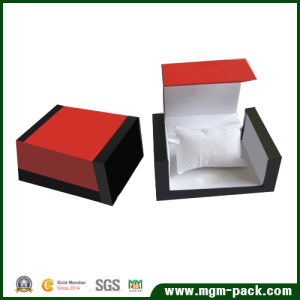Special Design Lacquered Wooden Watch Box pictures & photos
