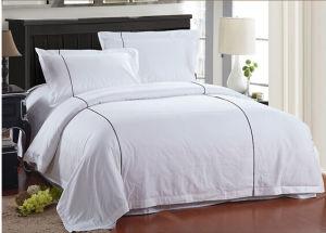 Fashion 100% Cotton White Bedding Set pictures & photos