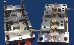Plastic Injection Mold for Electronic Parts pictures & photos