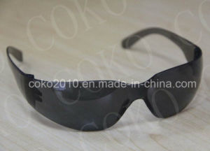 Smke Lens Visitor Protective Safety Glasses pictures & photos