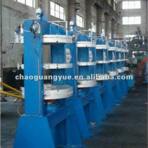 High Quality Truck Tyre Making Machine pictures & photos