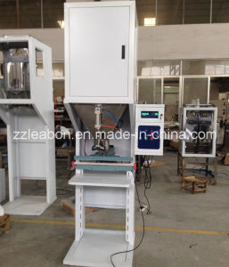 2017 Hot Sale Ce Vertical Wood Pellets Sealing Packaging Machine pictures & photos