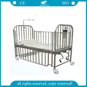 AG-CB014 Manual Hospital Children Bed pictures & photos
