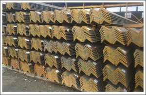 Angle Iron Hot Rolled Equal Angle Steel pictures & photos