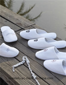 Top Quality Personalized Cotton Velvet Hotel Slippers with Logo pictures & photos
