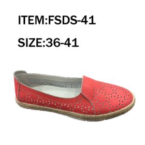 Red Cow Leather TPR Sole Fashion Women Flat Shoes Spring Shoes pictures & photos