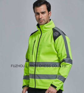 2017 High Visibility Safety Softshell Jacket Workwear pictures & photos