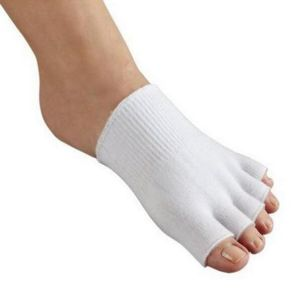 Gel SPA Socks Moisturizing Whitening Exfoliating Velvet Smooth Beauty Silicone Sock Foot Care pictures & photos