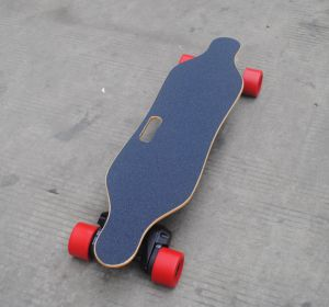 Fashion 4 Wheels Electric Moterized Skateboard with Remote Control pictures & photos