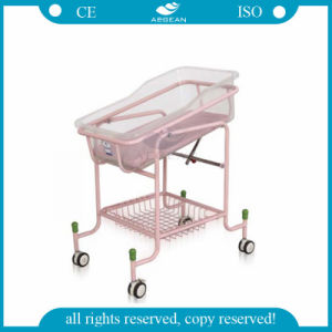 AG-CB010 Best Selling Hospital ABS Basin Basket Baby Crib with 4 Wheels pictures & photos