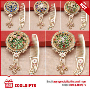 Rose Cosmetic Round Metal Pocket Mirror with Hair Comb Set pictures & photos