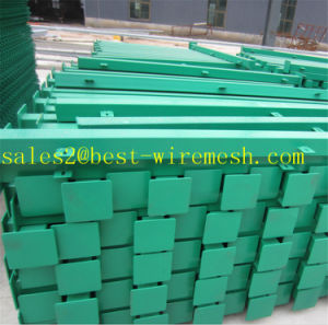 Curvy Welded Wire Mesh Fence Panel / 3D Curved Fencing/ Bending Triangular Wire Mesh Fence pictures & photos