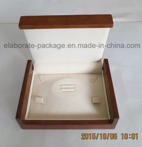 High Gloss Wooden Gift Packing Jewelry Box pictures & photos