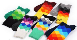 Custom Cotton Wholesale Happy Colorful Mens Dress Socks pictures & photos