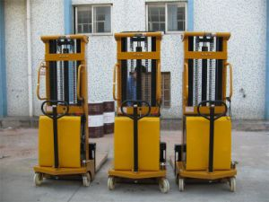 Semi Electric Hydraulic Stacker pictures & photos