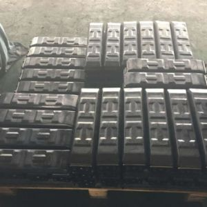 Rubber Pad 700HD (clip on) for Excavator/Paver/Crane Construction Machinery pictures & photos