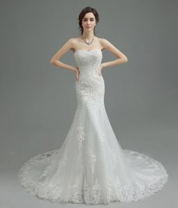 OEM Sweatheart A-Line embroidery Sexy Backless Bridal Gown Train Lace Wedding Dresses pictures & photos