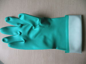Green Long Industry Working Nitrile Gloves pictures & photos