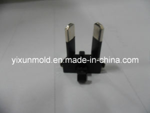 Plastic Injection Mould for Plastic Plug pictures & photos