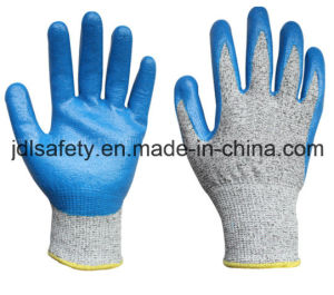 Cut Resistant Work Glove with Nitrile (ND8032) pictures & photos