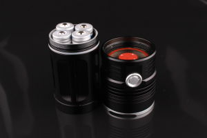 18650 Battery Rechargeable 14 LED T6 Flashlight pictures & photos
