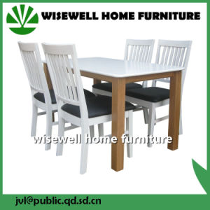 Solid Pine Wood Dining Room Furniture Set pictures & photos