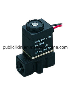2p Air Water Solenoid Plastic Valve pictures & photos