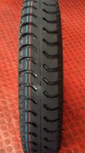 Heavy Duty 100cc Motorcycle Tyre (4.00-12) . pictures & photos
