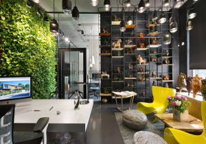 Uispair Office Home Hotel Decorative Space Artificial Green Plant Furniture pictures & photos