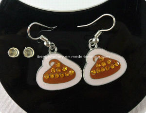 Fashion Jewelry- Rhinstones Metal Earring pictures & photos