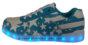 Athletic Footwear Men LED Light Sports Shoes Skateboard Sneakers (816-9980) pictures & photos