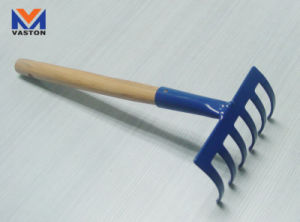 Garden Rake (6-Teeth) with Wooden Handle pictures & photos