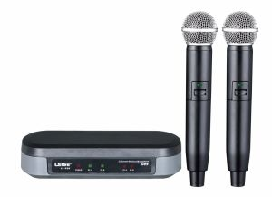 Ls-920 Double Channels UHF Wireless Microphone pictures & photos