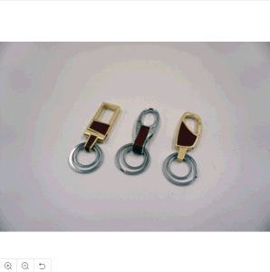 Leather Keychain Luxury Car Key Chain Men Llaveros Rings Gift Key Chains for Keys Black and Silver Ring pictures & photos
