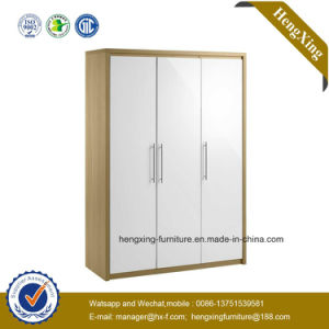 High Gloss 3 Doors Wardrobe Closet Oak Bedroom Furniture (HX-3955) pictures & photos