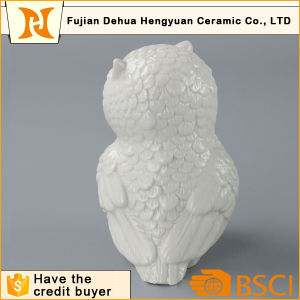 Glazed White Owl Shape Ceramic Animal Figure for Home Decoration pictures & photos