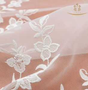 China Famous Organdy Mesh Embroidery Lace Trimming/Rose Embroidery Lace pictures & photos