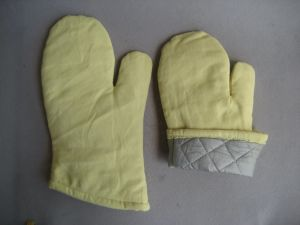 Heat Resistance Aramid Oven Working Glove-2320 pictures & photos