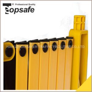 Plastic Heavy Duty Road Barrier/Expandable Barrier (S-1651) pictures & photos
