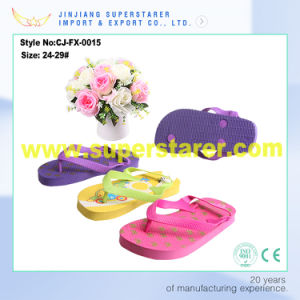 Cheap Wholesale Kids Flip Flop, Summer Beach PE Slippers pictures & photos