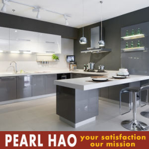 Modern MDF High Glossy Lacquer Kitchen Cabinets pictures & photos