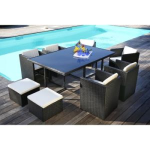 Garden Patio Furniture Restaurant Chairs and Tables Set Rattan Dining Chair Table Set pictures & photos
