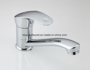 Deck Mounted Kitchen Sink Faucet Hot and Cold Water Chrome/ Mixer Tap pictures & photos
